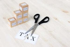 フリーランスの税金は高い?損しない節税テクニックと基礎知識を大公開!